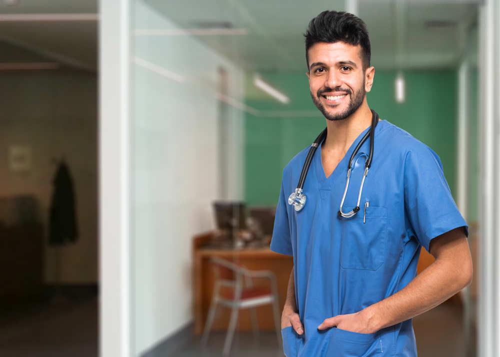 Formarse como dentista tiene presente y futuro